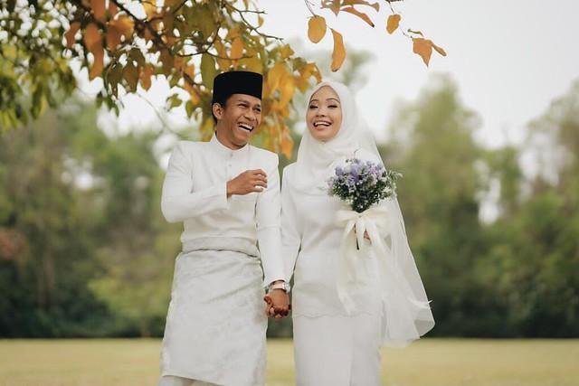 Dengan Sekali Lafaz, Zetty Hot FM Sah Jadi Isteri Ahmad Khairil Anuar