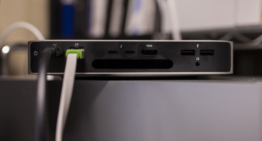 Mac mini M1 USB & TB_03