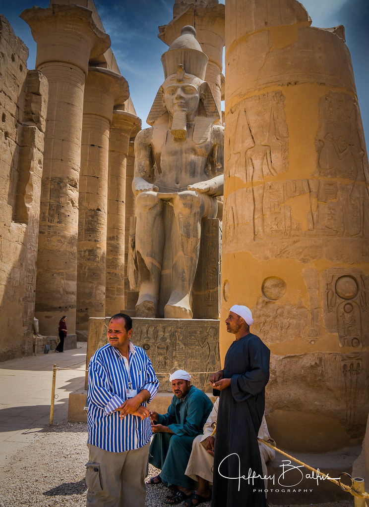 Guides waiting at Luxor- EXPLORE