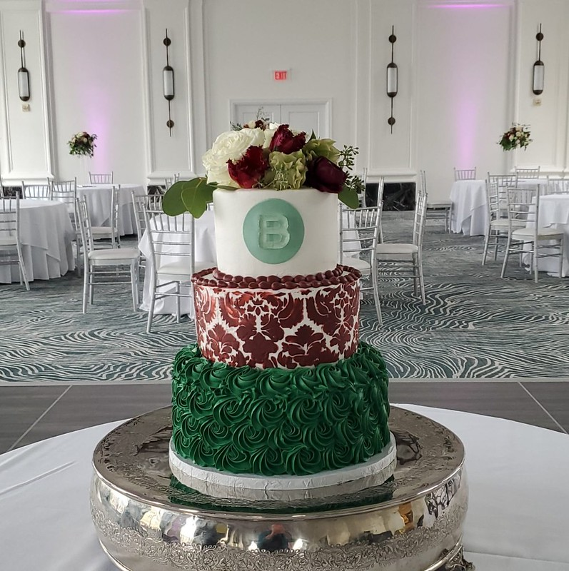 Cake by Artistry on Cakes