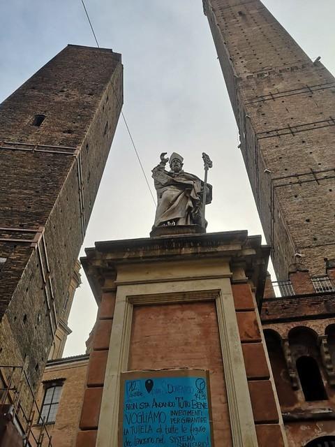 Voci dalle statue di Bologna 12 dicembre in piazza per la salute!