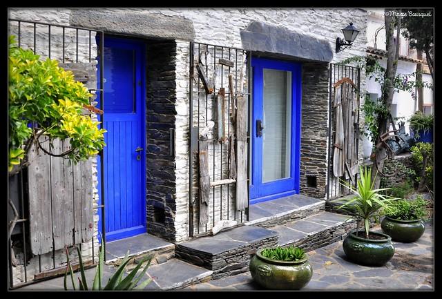 Maison en face de celle de Dali