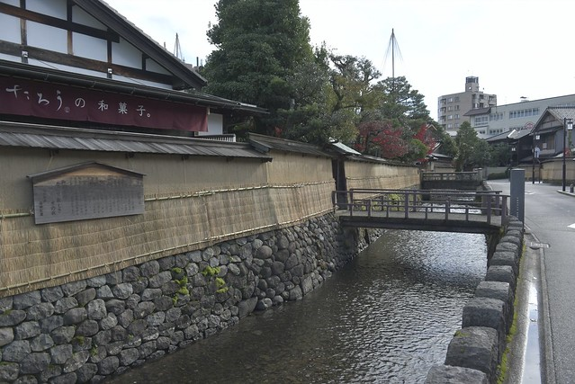 今年最後の紅葉 その1 武家屋敷から尾山神社