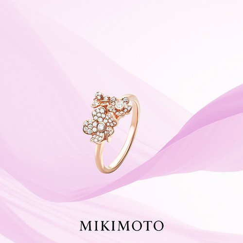 Impress your Love Partner with Unique Style Engagement Ring