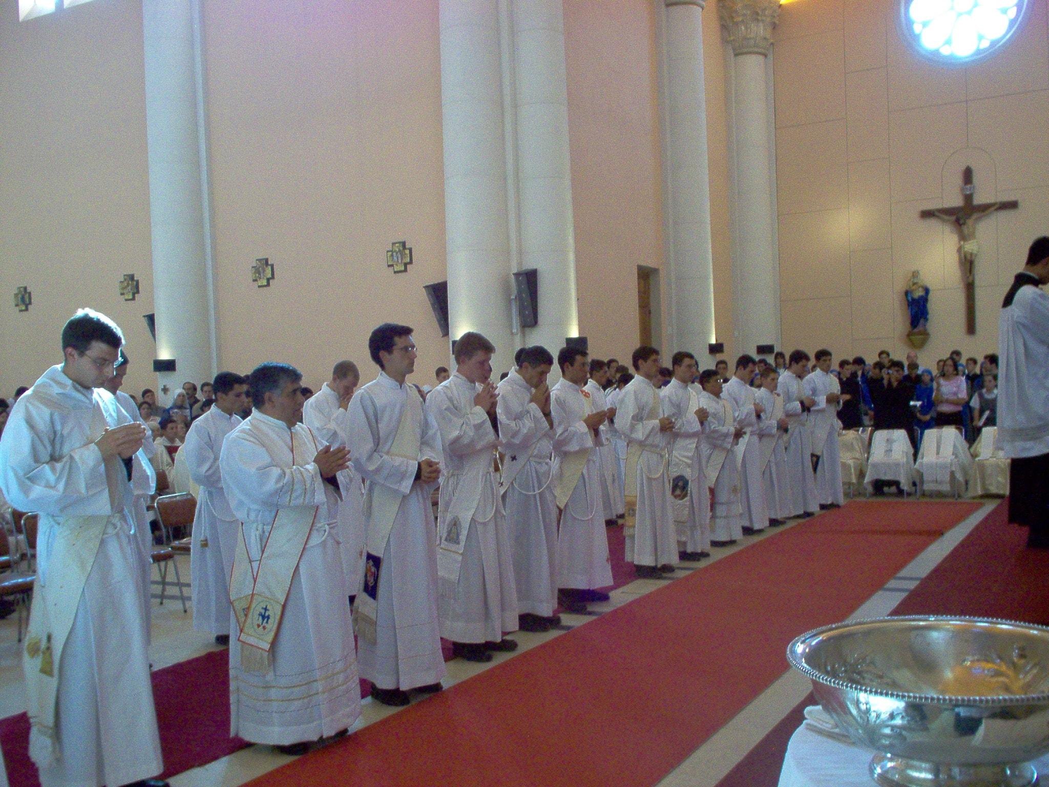 TÚNEZ: 15° aniversario sacerdotal del P. Silvio Moreno