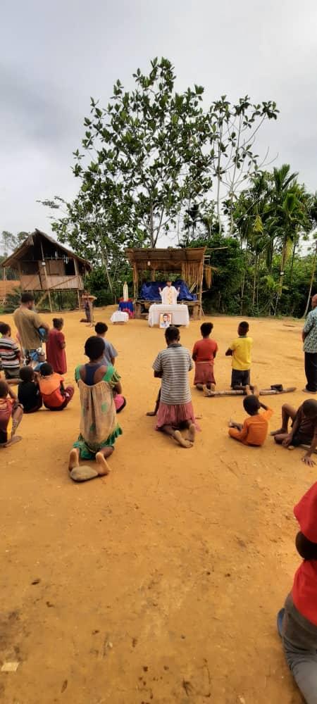 Misión en la aldea de Daunda
