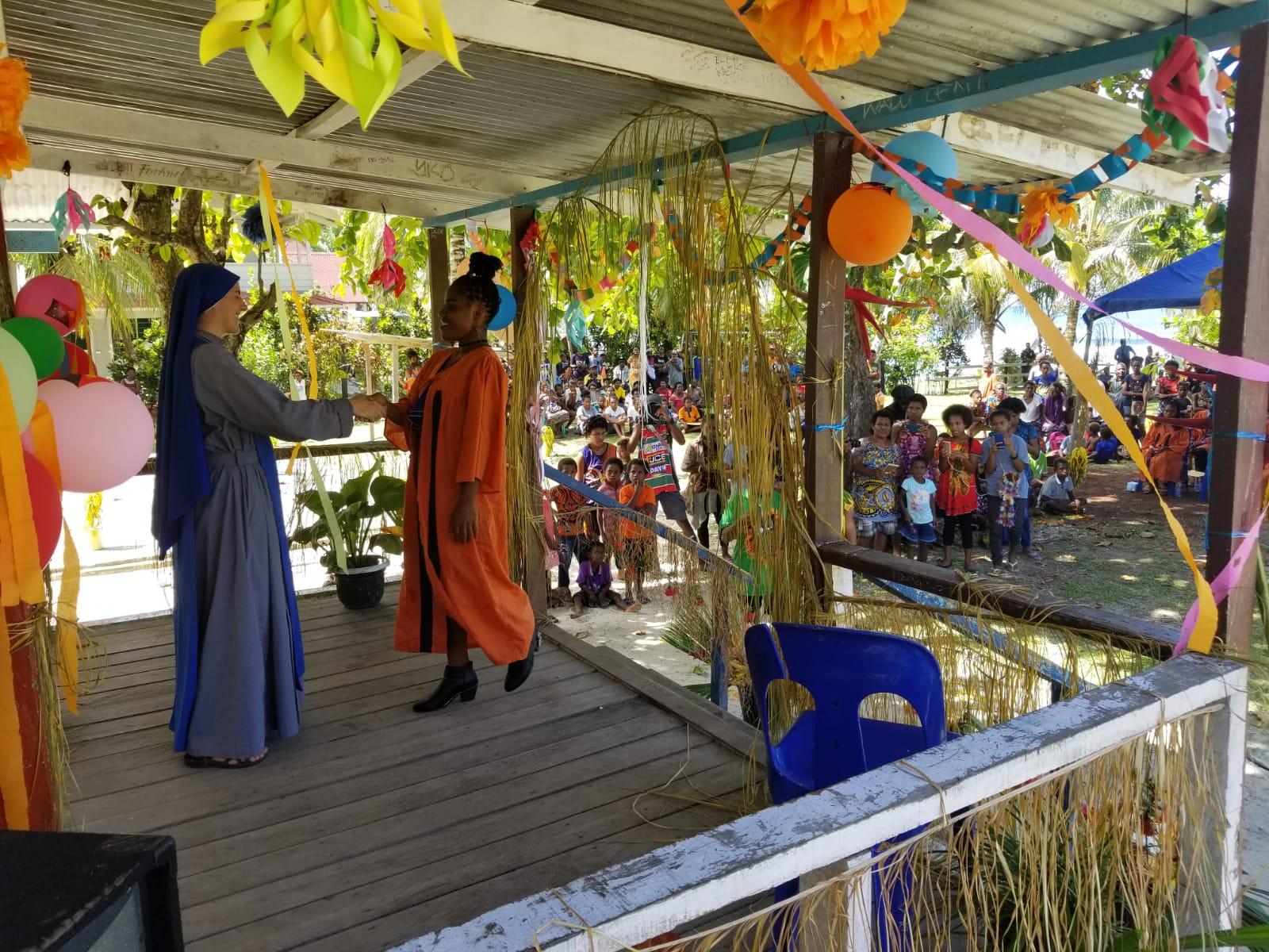 Graduaciones en Papúa