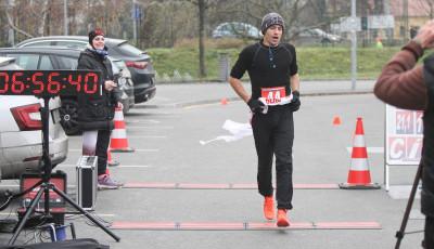 Mistry ČR v běhu na 100 km se stali Pelíšek a Vičarová