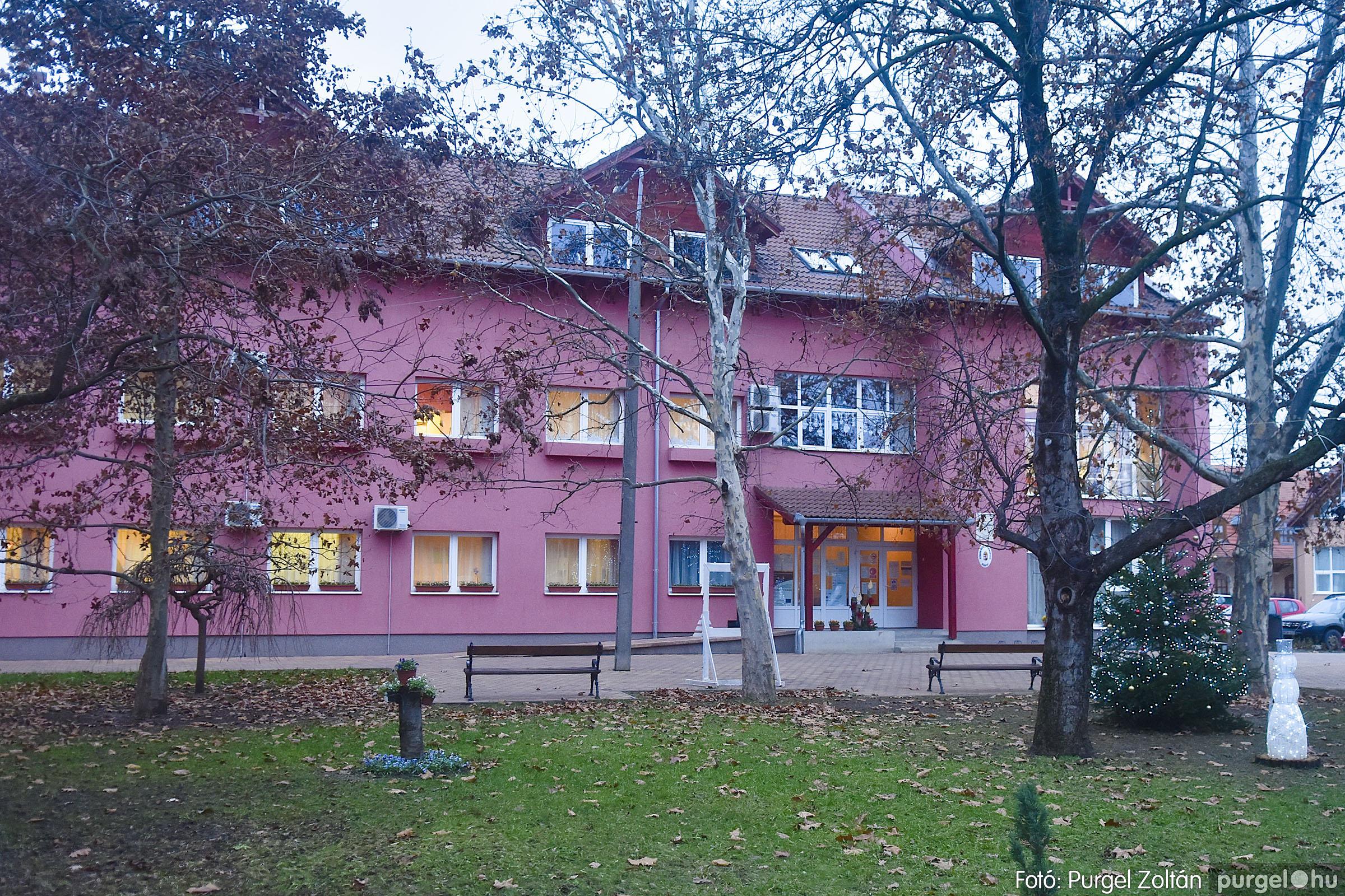 010 2020.12.10. Fények a Szabadság téren - Fotó: Purgel Zoltán© _DSC3549q.jpg