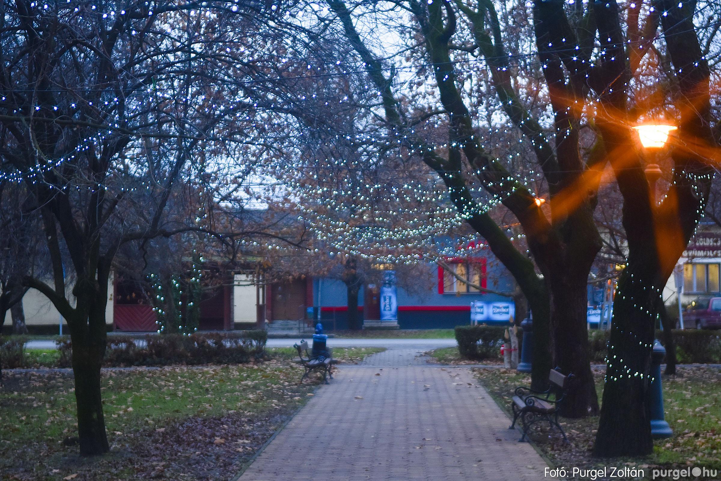 007 2020.12.10. Fények a Szabadság téren - Fotó: Purgel Zoltán© _DSC3546q.jpg