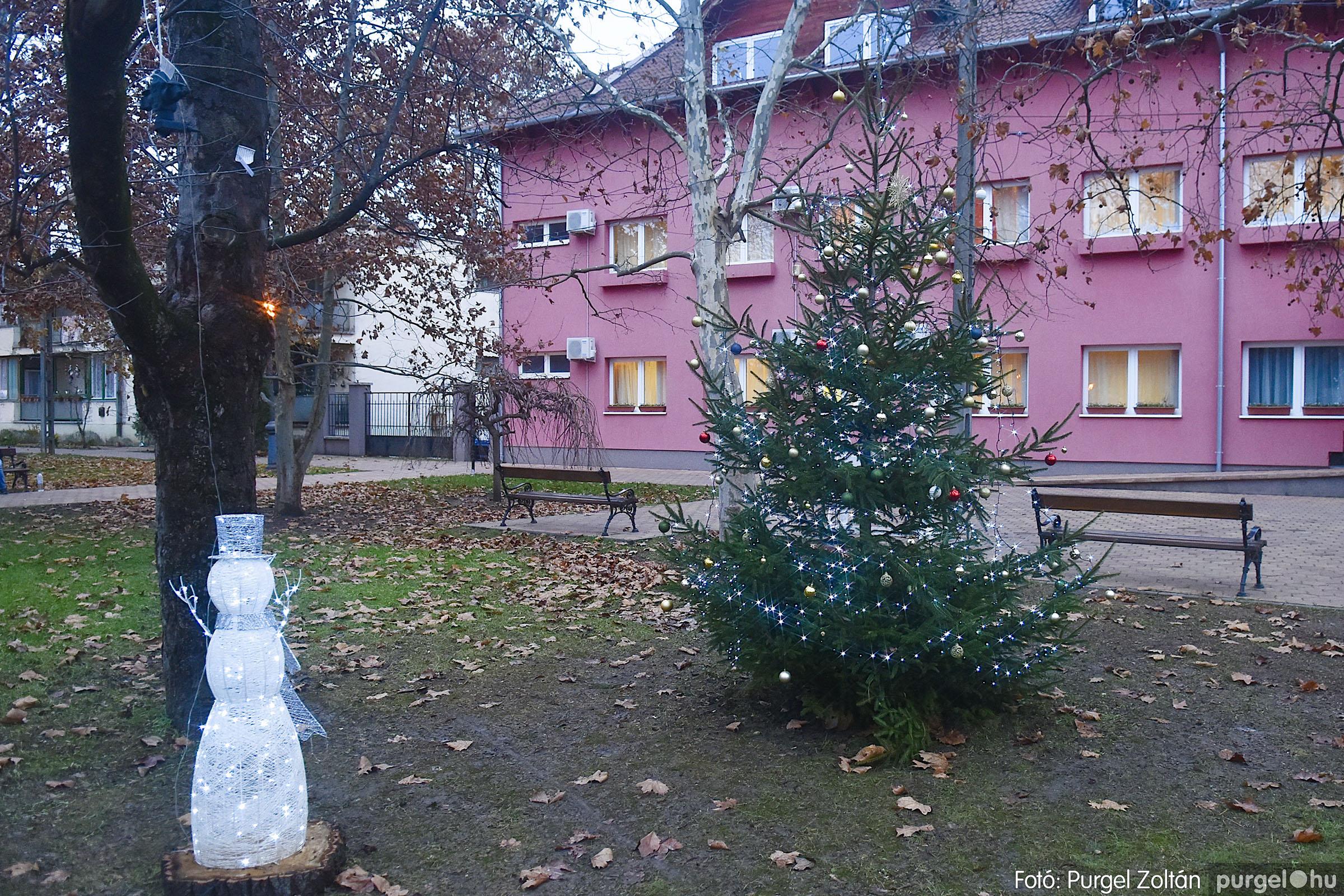 001 2020.12.10. Fények a Szabadság téren - Fotó: Purgel Zoltán© _DSC3535q.jpg