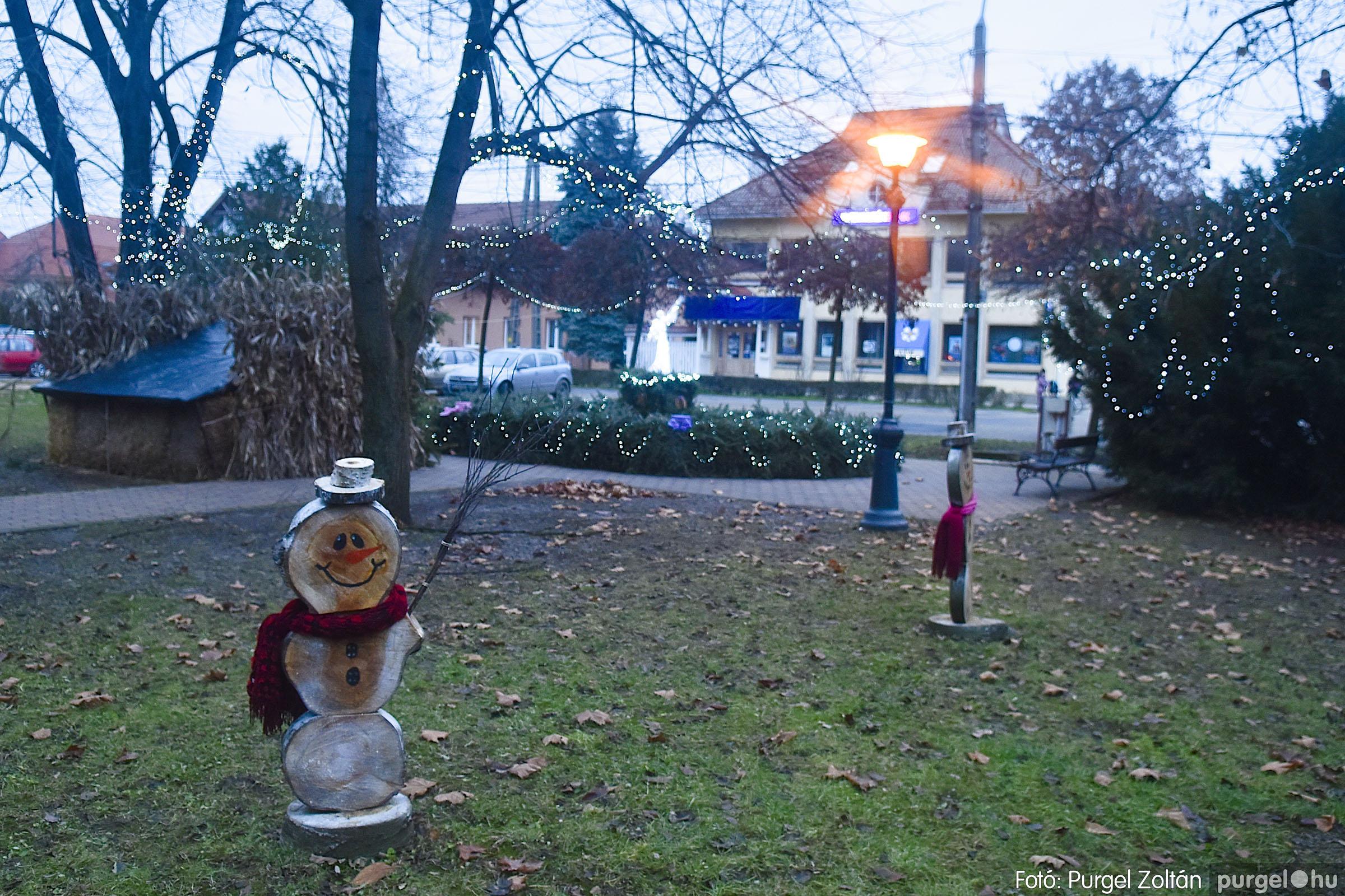 013 2020.12.10. Fények a Szabadság téren - Fotó: Purgel Zoltán© _DSC3554q.jpg