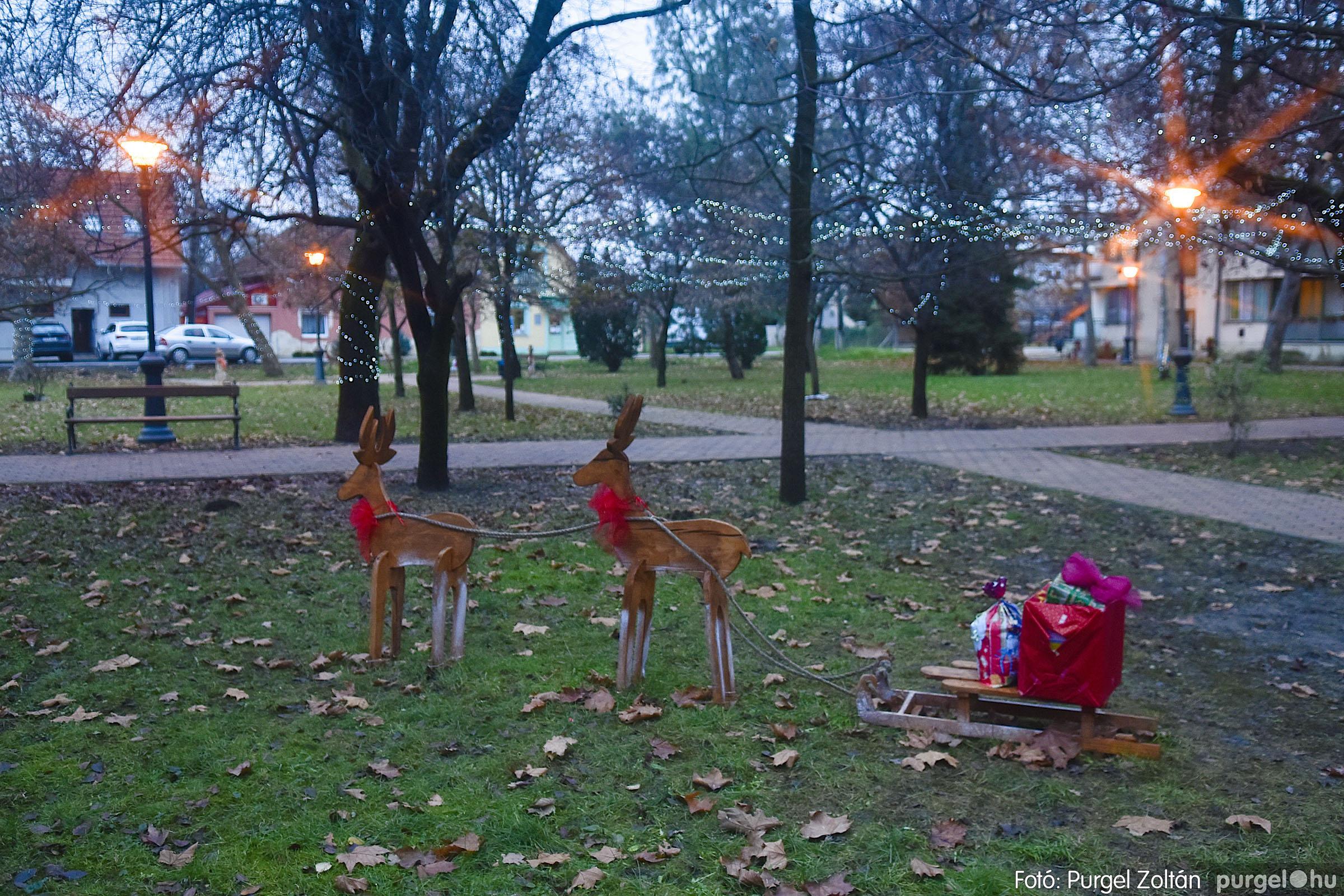 012 2020.12.10. Fények a Szabadság téren - Fotó: Purgel Zoltán© _DSC3553q.jpg