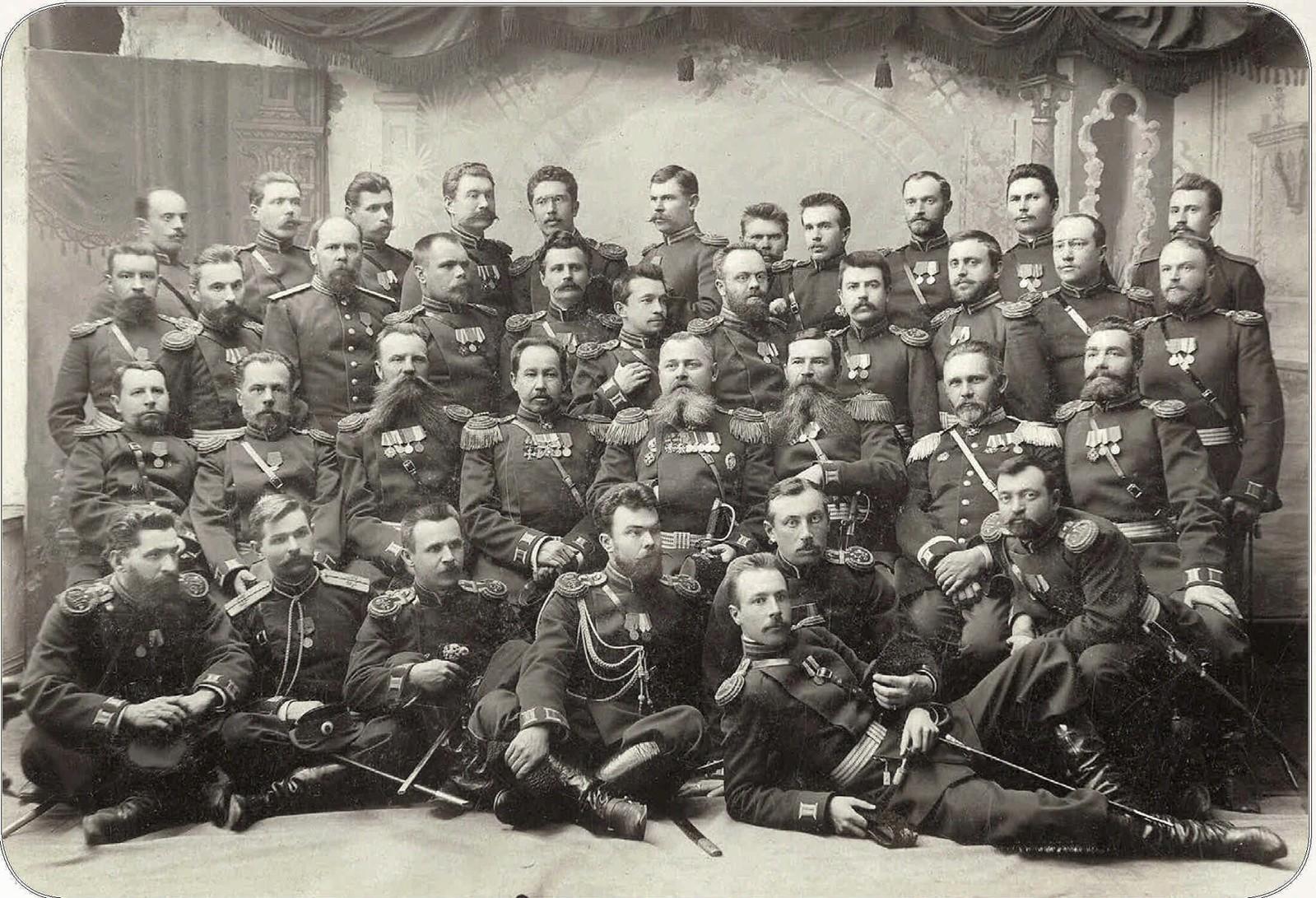 07. Офицеры 213 Оровайского полка. 1903