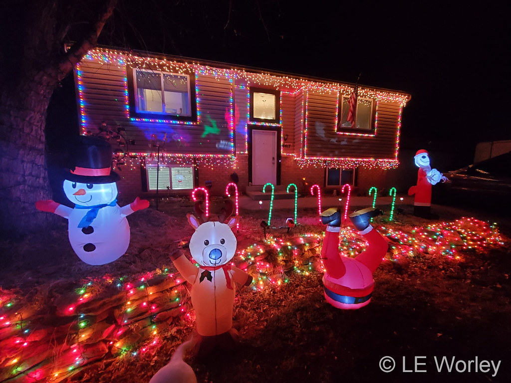 A home in Thornton all decked out for the holidays. (LE Worley)