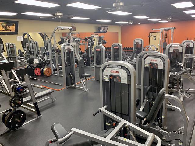 Pensacola 2020, Perdido Heath and Fitness gym all to myself!