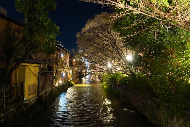 想回到過去系列 再輕談京都夜之花見小路Hanami-koji,最美麗街道新橋通りShimbashi dori與白川南通りShirakawa Minami-dori
