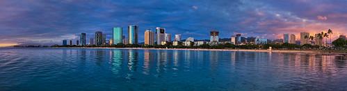 sony a6400 sigma 16mmf14 sunset buildings beach ocean alamoana honolulu hawaii oahu clouds cplfilter
