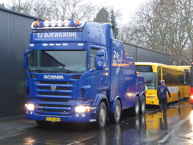Scania R620 v8 VJ92165 has just towed 2006 Volvo B7RLE Arriva 1902 34km back to Copenhagen to be scrapped next week with a buyer requesting its recently recodnitioned engine