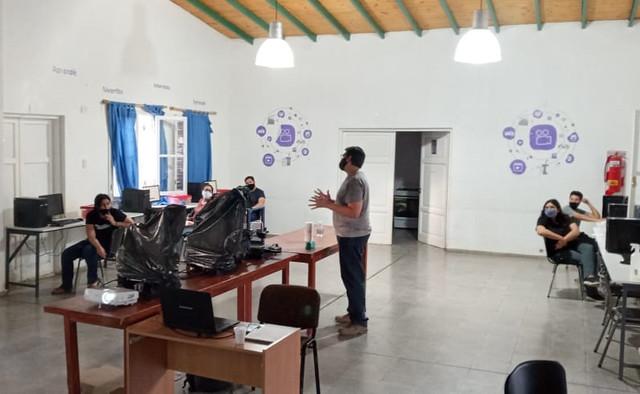 2020-12-11 DESARROLLO HUMANO: Centro de Conocimiento Inclusivo en Calingasta