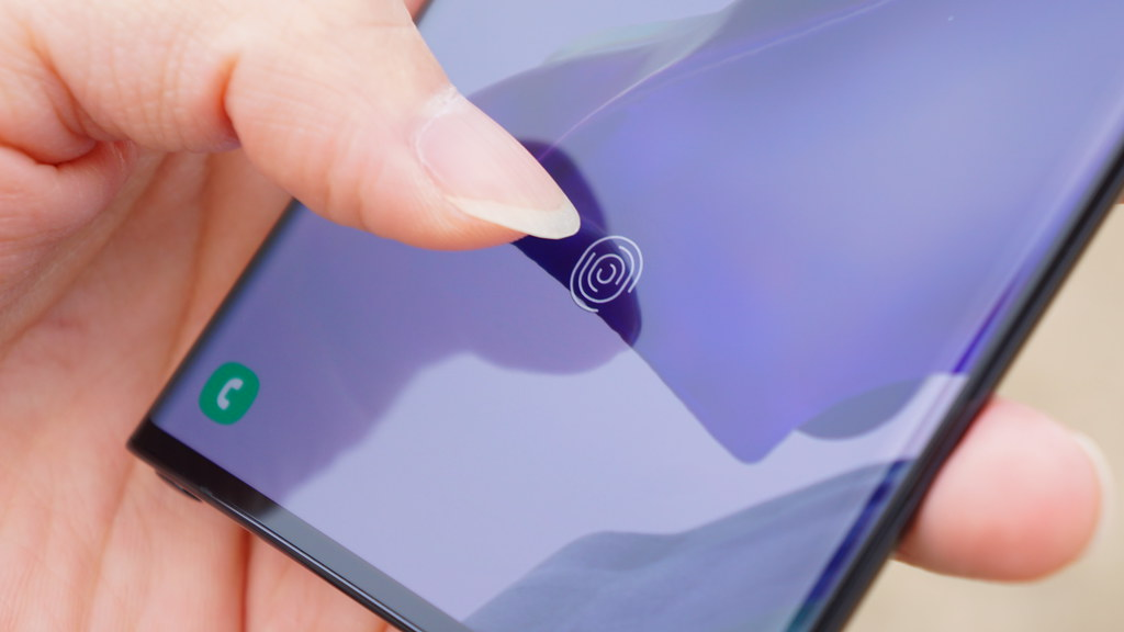 Pixel 6、ディスプレイ指紋認証に対応か。Android 12 DPが示唆