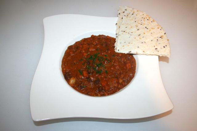 46 - Mexican bean stew- Served / Mexikanischer Bohneneintopf - Serviert