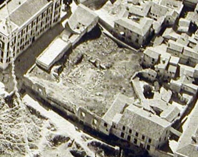 Solar del Palacio de Vargas en una foto aérea hacia 1920