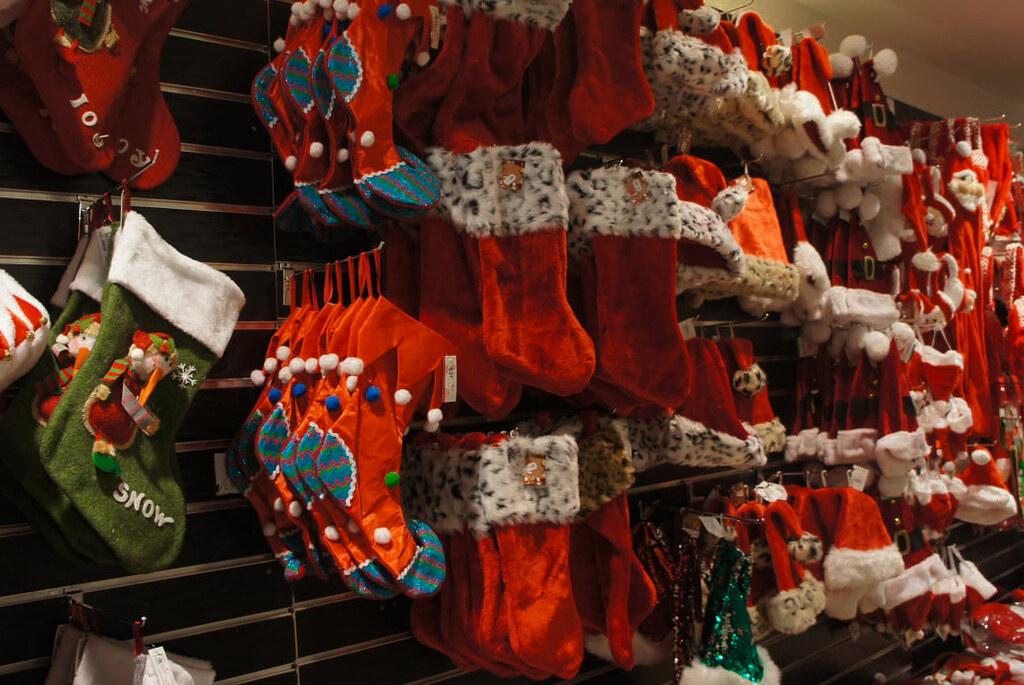 Tienda navideña en el centro de Brujas