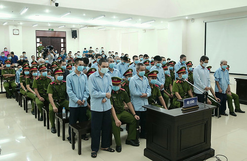 VIETNAM-POLICE-PROTEST-LAND