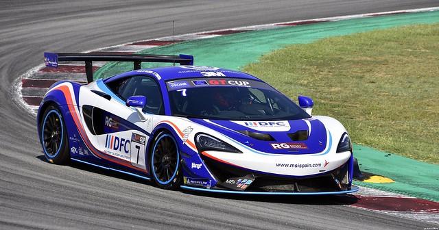 McLaren 720 S GT3 / Brendan Iribe / USA / Ollie Millroy / GBR / Optimum Motorsport