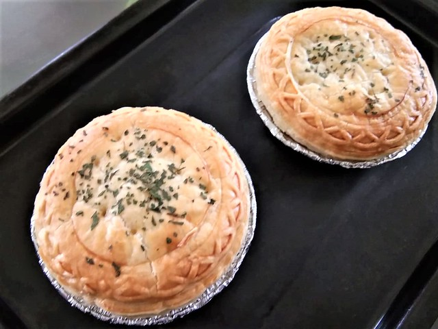 Hiestand pies, baked