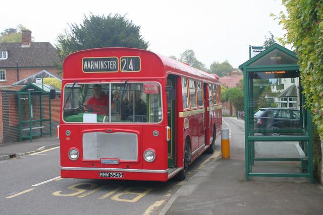 MMW354G Wilts & Dorset 824 Heytesbury