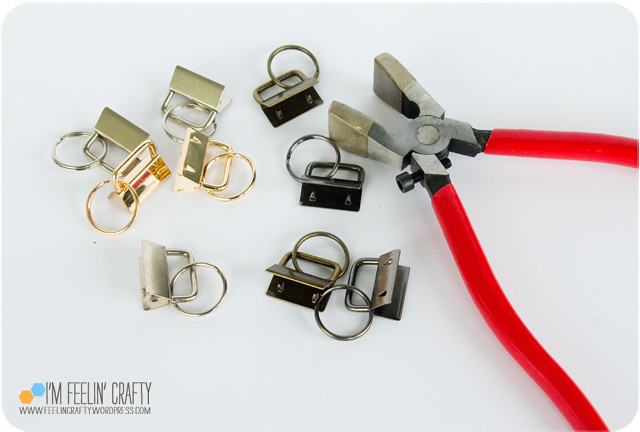 Keychains-Step08-ImFeelinCrafty