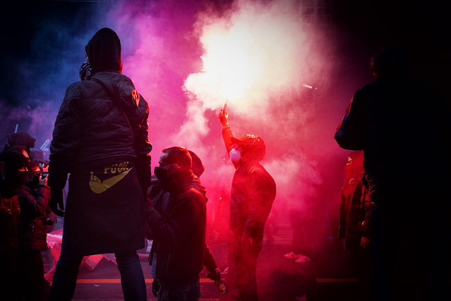 The 5th of Dec Paris - Getting ready to fight the police
