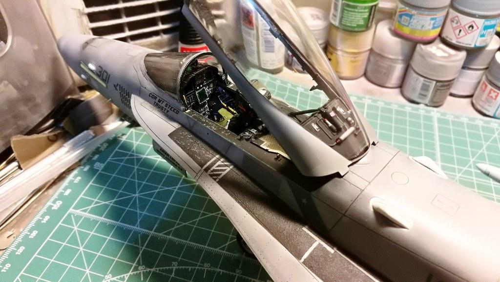 F18C_106