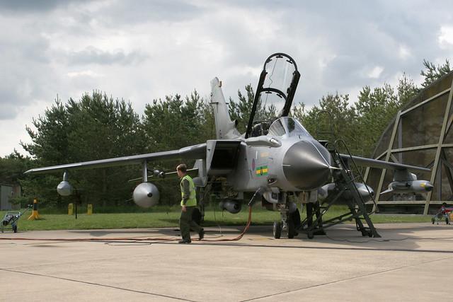 ZD749/AP-IX(B)Sqn Tornado GR4