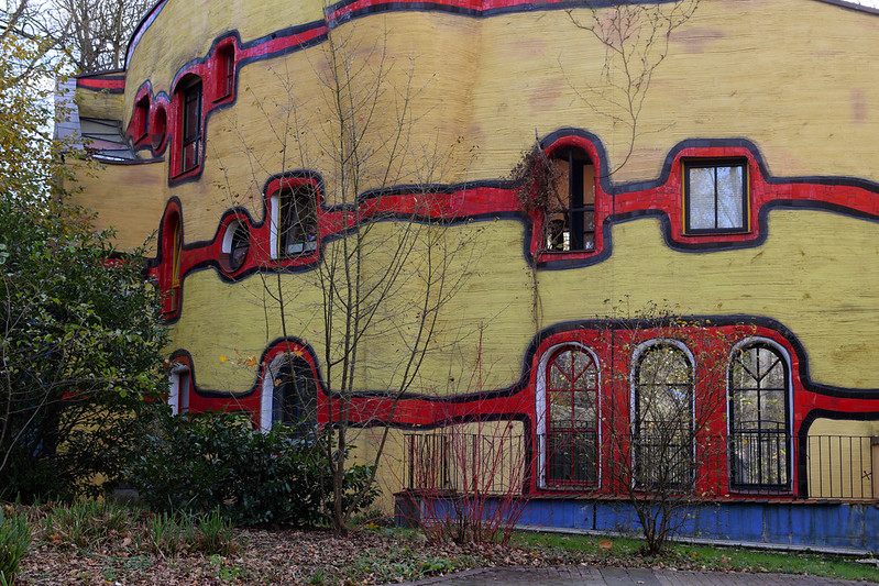Essen / Grugapark: Hundertwasserhaus (Ronald McDonald Haus Essen der McDonald's Kinderhilfe Stiftung)