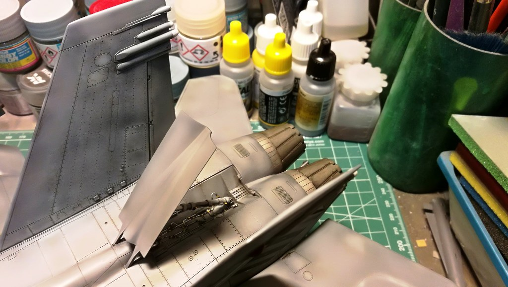 F18C_104