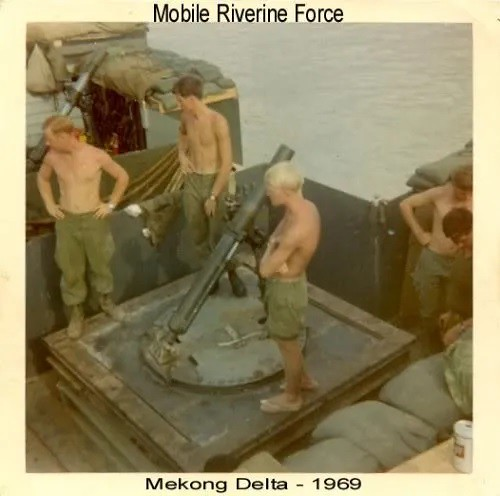 MRF-barge-M30-4d2in-mortar-1969-arm-5