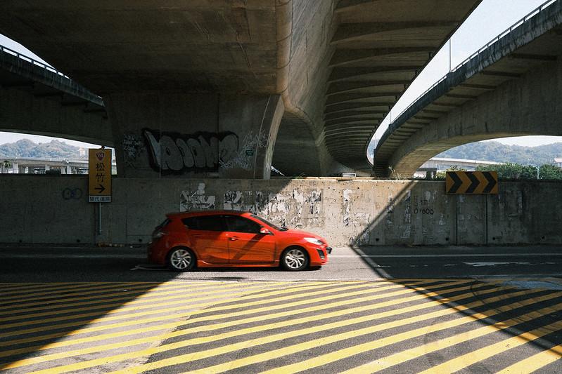 橋下風景|Fujifilm X100v