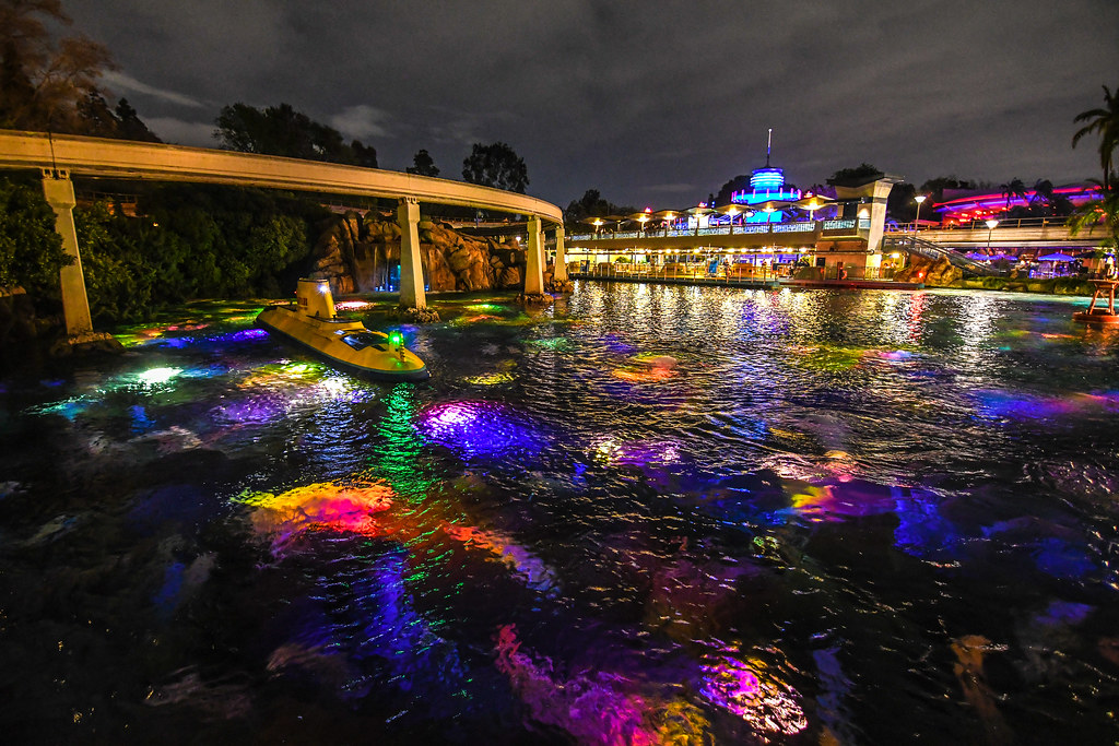Submarine Lagoon DL nighttime