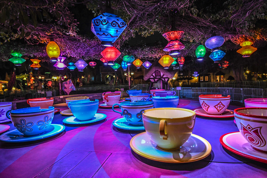 Teacups colorful night DL