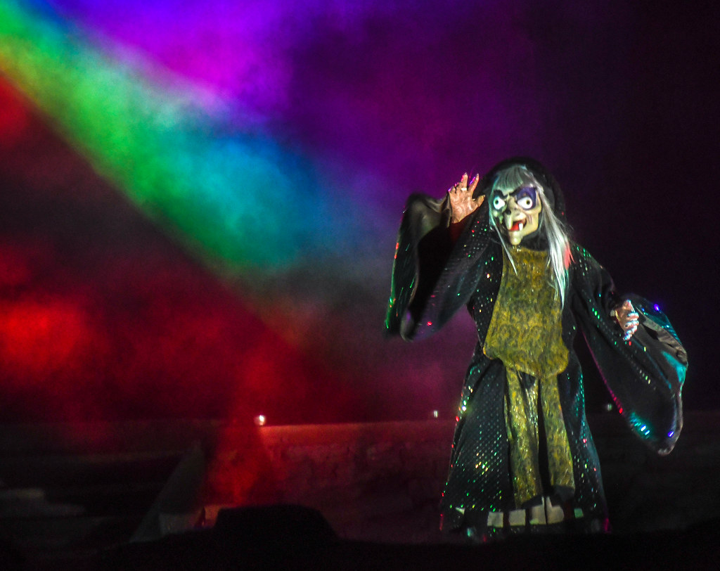 Evil Queen Fantasmic DL
