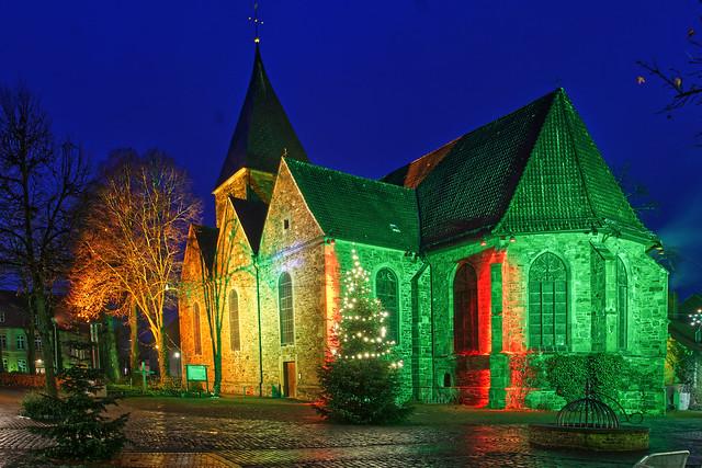 Christmas lights, St. Martin Church, Bramsche / Germany