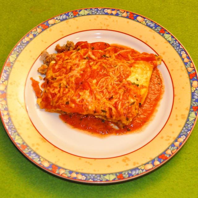 Dezember 2020 ... Bio-Lasagne mit Tomatensauce ... Brigitte Stolle