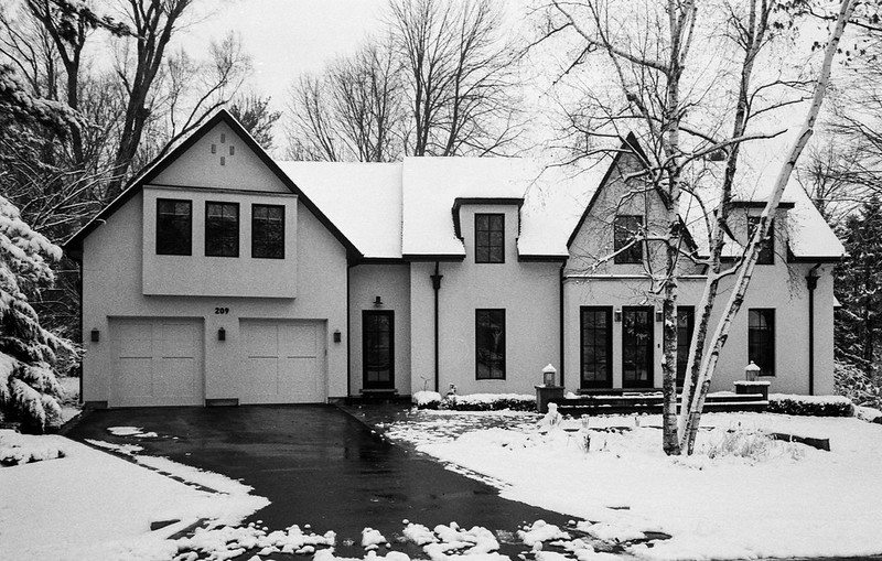 Post Modernist Mini Mansion_