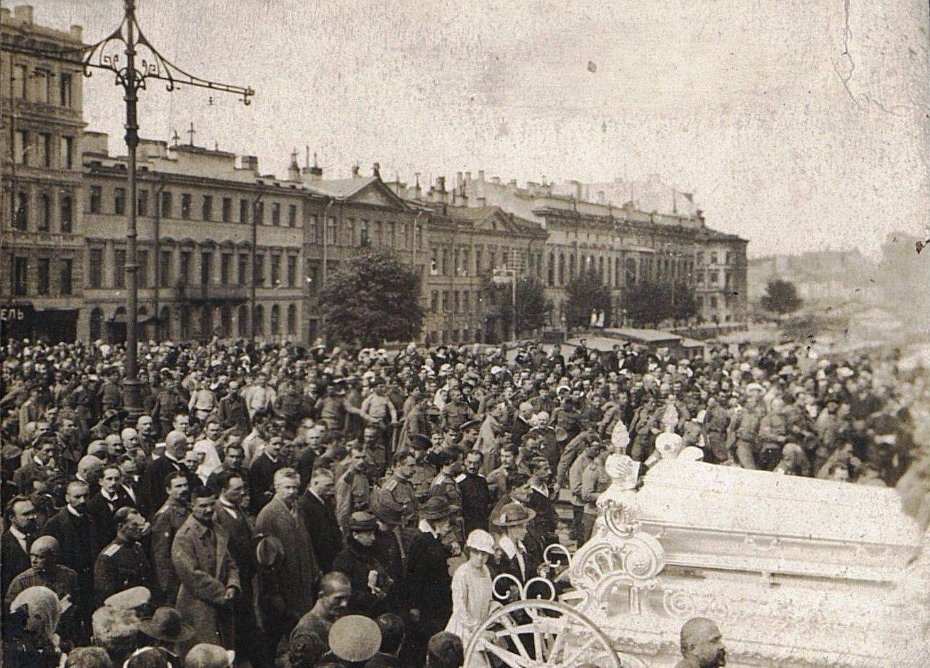 24. 15 июля. Похороны казаков - жертв событий 3-5 июля в Петрограде (8)