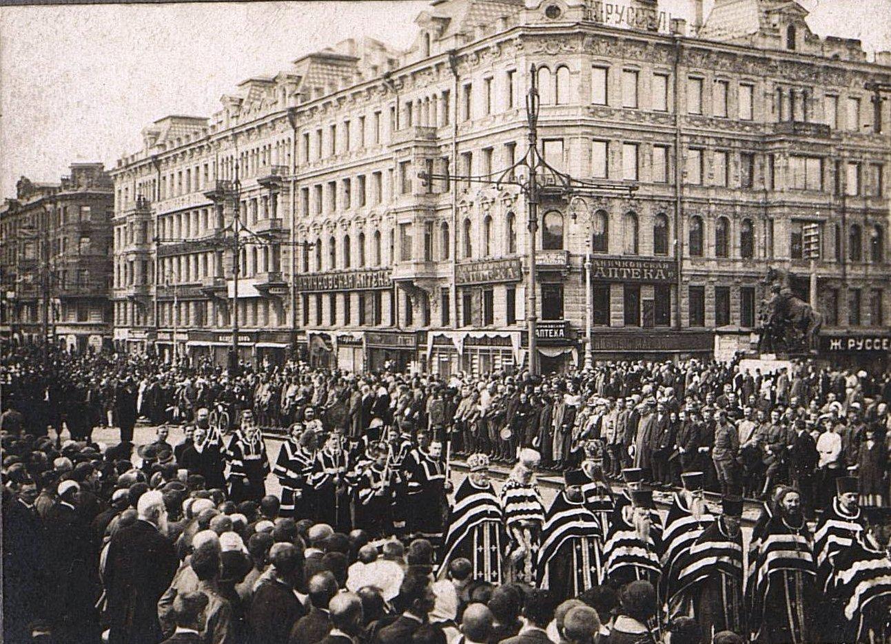 21. 15 июля. Похороны казаков - жертв событий 3-5 июля в Петрограде (6)