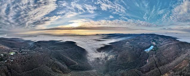 Mátra a felhők felett