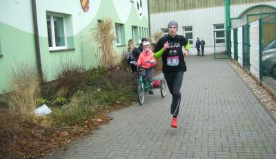 Běžecký seriál Běháme pro Evičku byl úspěšně zakončen